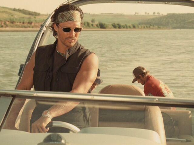 File:Matthew-McConaughey-in-Sahara-matthew-mcconaughey-13862048-1067-800.jpg