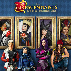 File:Watch-first-6-minutes-descendants-posters.jpg