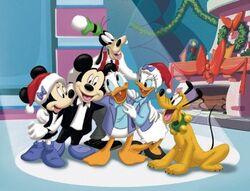 MickeyChristmas2
