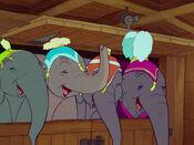 Dumbo-disneyscreencaps.com-1165