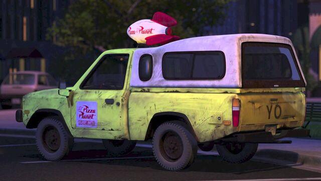 File:Pizza Planet Truck.jpg