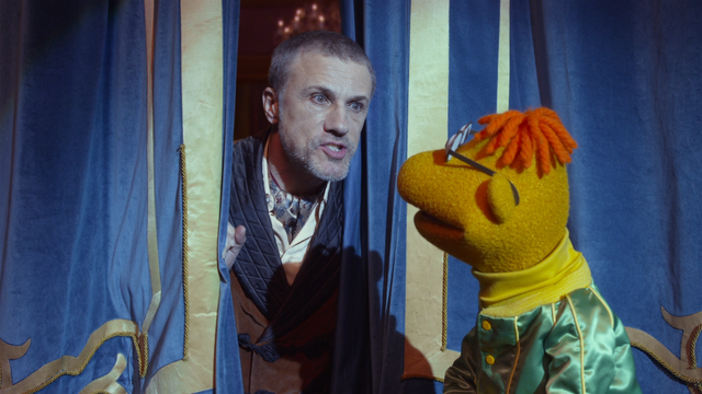 File:Muppets Most Wanted extended cut 0.25.45 Austrian.png