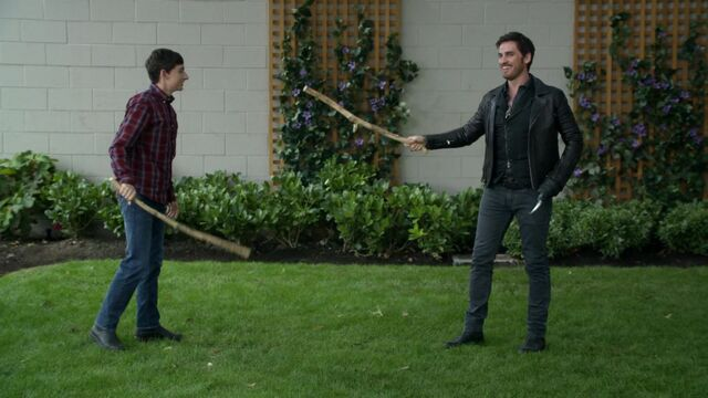 File:Once Upon a Time - 6x03 - The Other Shoe - Hook Henry Stickfight.jpg