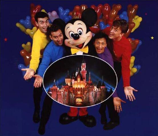 File:TheWigglesandMickeyMouse.jpg