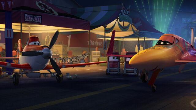 File:Planes-disneyscreencaps.com-3291.jpg