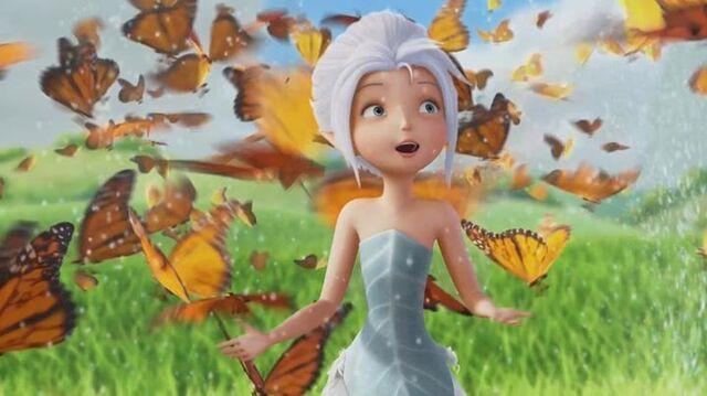 File:Peri-saw-butterflies.jpg