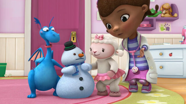 File:Doc, stuffy, lambie and chilly.jpg