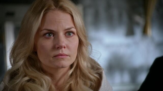 File:Once Upon a Time - 5x05 - Dreamcatcher - Emma's Choice.jpg