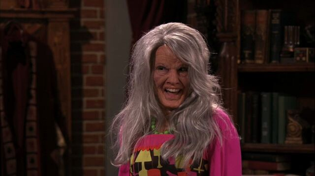 File:Wizards of Waverly Place - 3x26 - Moving On - Harper as Old Juliet.jpg