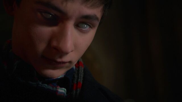File:Once Upon a Time - 6x16 - Mother's Little Helper - Henry White Eyes.jpg