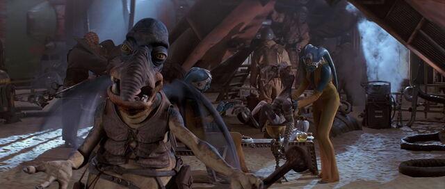 File:Starwars1-movie-screencaps.com-6135.jpg