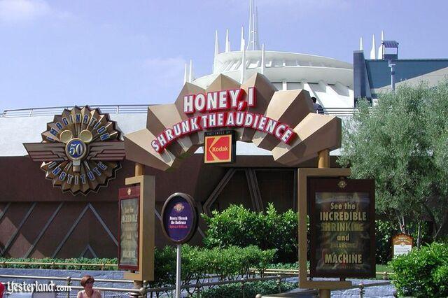 File:Honey, I Shrunk the Audience at Disneyland.jpg