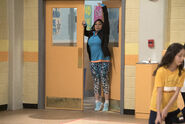 Raven's Home - 1x01 - Baxter's Back - Raven At School