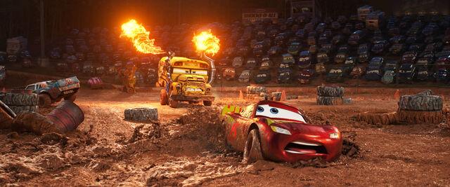 File:Mcqueen Mud Cars 3.jpg