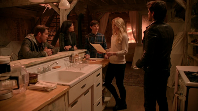 File:Once Upon a Time - 5x16 - Our Decay - Remember Writing This.png