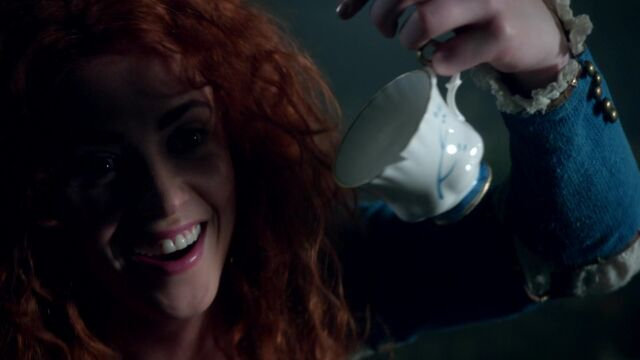 File:Once Upon a Time - 5x05 - Dreamcatcher - Chipped Cup.jpg