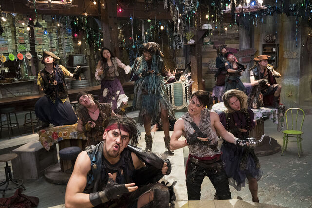 File:Descendants 2 - Photography - Pirates.jpg