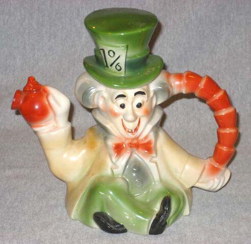 File:Regal mad hatter teapot 640.jpg