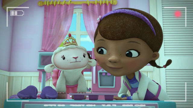 File:Lambie and doc in the cooking show.jpg