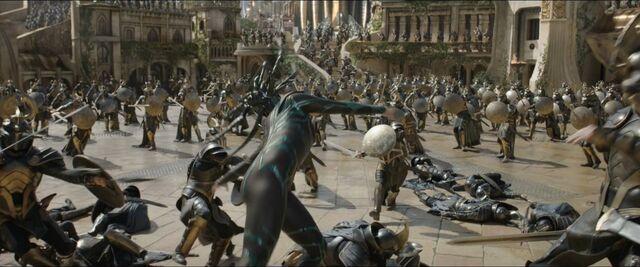 File:Thor Ragnarok 29.jpg