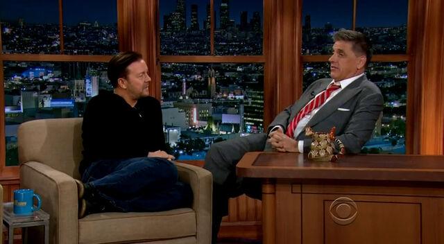 File:Ricky Gervais on Craig Ferguson March 12 2014.jpg