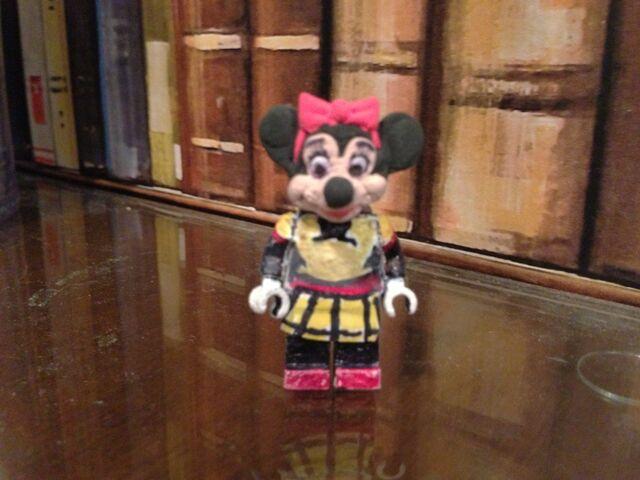 File:Lego Minnie Mouse.jpg
