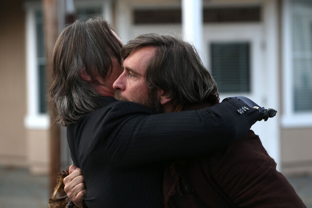 File:Rumple holding his father.jpg