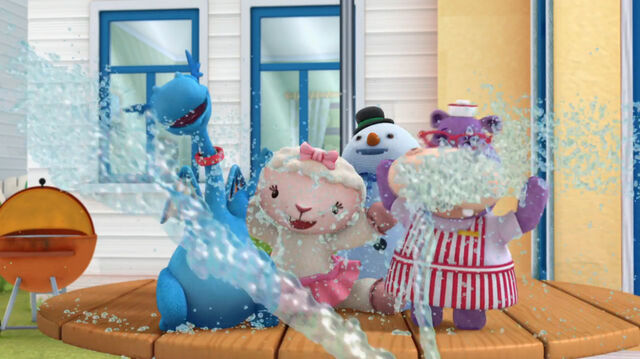 File:Stuffy, lambie, chilly and hallie on spritzy mitzi.jpg
