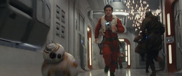 File:The Last Jedi 13.jpg