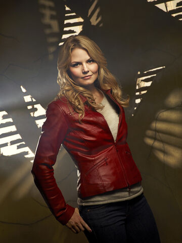 File:Once Upon a Time Season 1 Emma.jpg