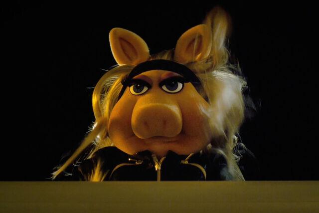 File:Piggy Emotion Eyes - The Muppets.jpg