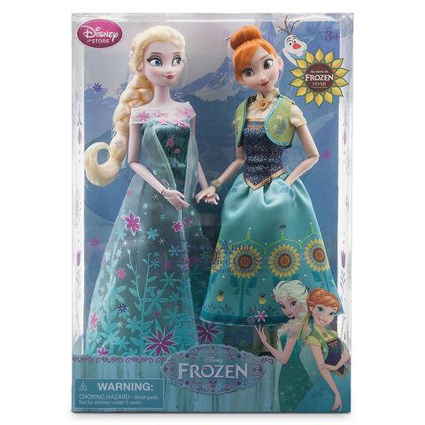 File:Frozen fever toys 1.jpg