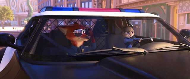 File:Zootopia Officers Nick and Judy.jpg