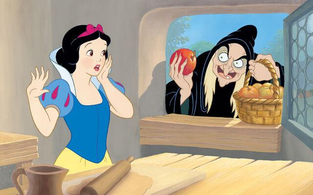 File:Disney Princess Snow White's Story Illustraition 12.jpg