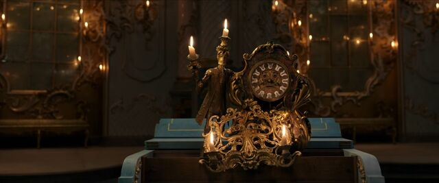 File:Beauty and the Beast - Golden Globe 5.jpg