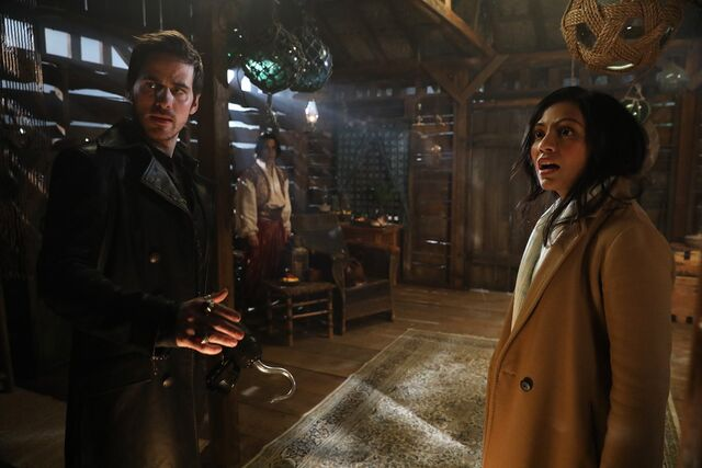 File:Once Upon a Time - 6x14 - A Wondrous Place - Photography - Hook and Jasmine.jpg