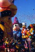 Disney-Parade-Pary-Gras-2