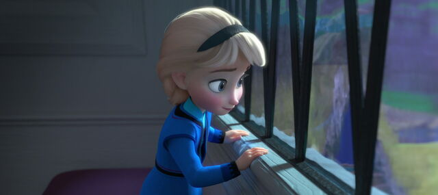 File:Frozen-disneyscreencaps.com-884.jpg