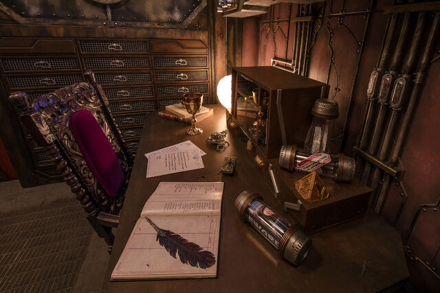 File:Collector's Desk Mission Breakout.jpg