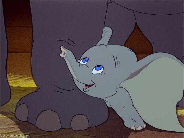 File:Dumbo-disneyscreencaps.com-991.jpg