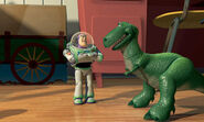 Buzz-lightyear-rex-toy-story-473544 445 266