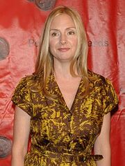 Hope Davis 2010