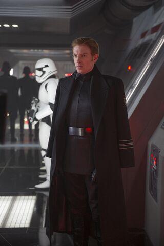 File:The Force Awakens EW 07.jpg