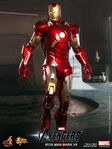 Hot ToysThe Avengers Mark VII Collectible figure