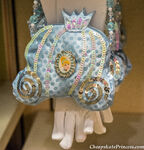 Disney-Princess-purse-and-gloves