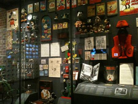 File:Walt-disney-family-museum21.jpg