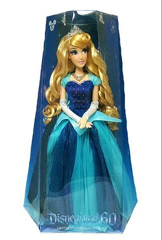 File:Aurora disneyland doll.jpg