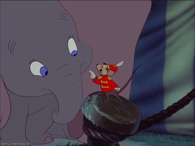 File:Dumbo-disneyscreencaps com-2755.jpg
