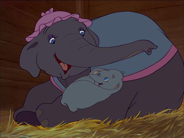 File:Dumbo-disneyscreencaps com-1036.jpg
