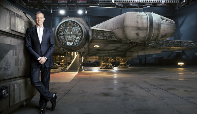 File:Falcon-and-Iger.jpg